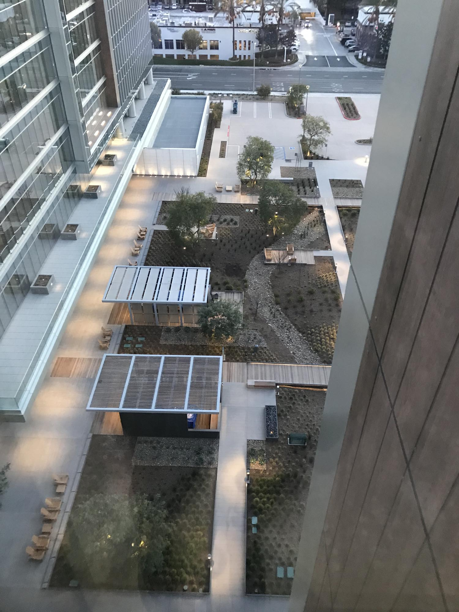 mjs landscape architecture staff joins uli for a tour of the
